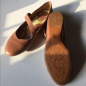 Born Leather Mary Jane Size 11